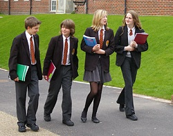 The Pros and Cons of School Uniform